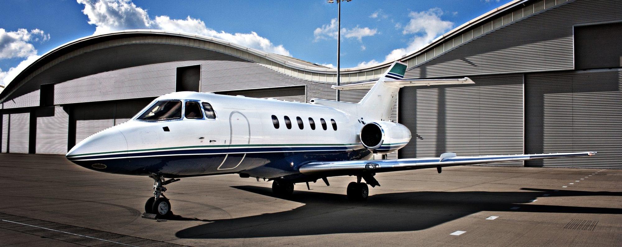 Hawker 800A Private Jet